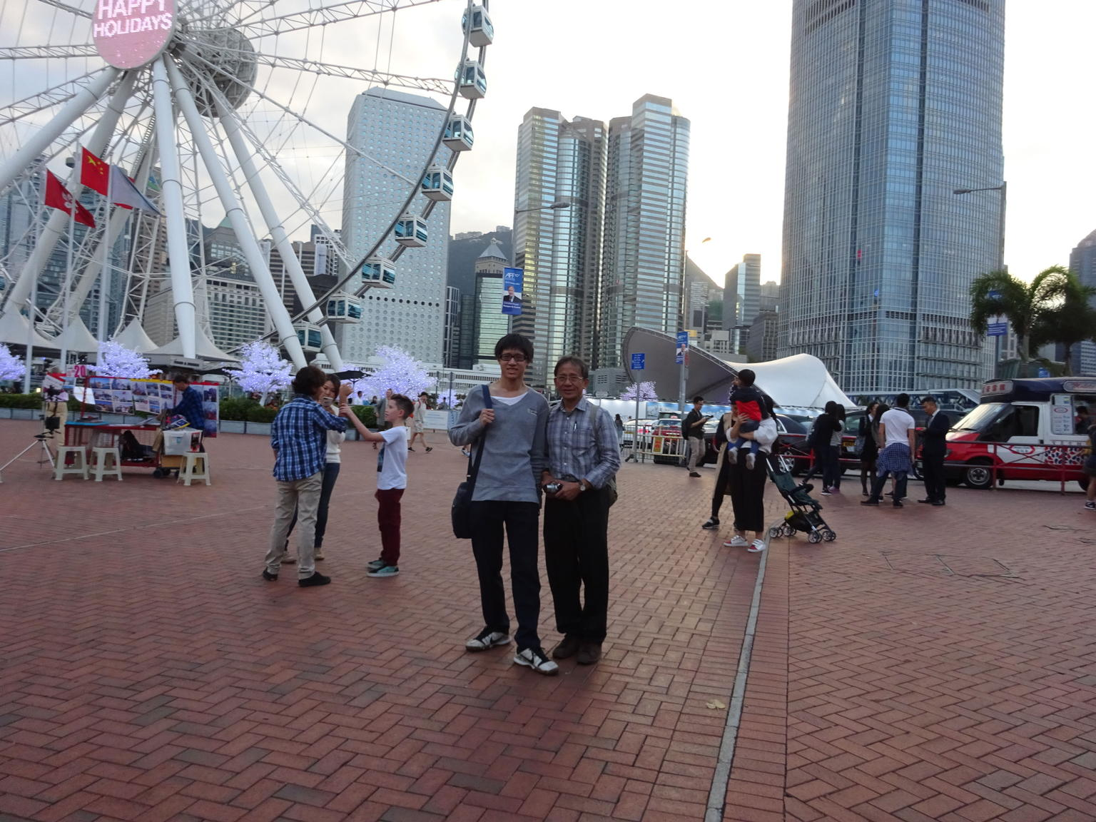 MÁS FOTOS, Hong Kong Harbor Night Cruise and Dinner at Victoria Peak