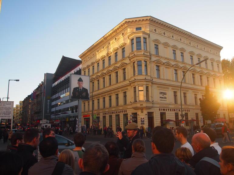 Berlin Highlights and Hidden Sites Historical Walking Tour - Berlin