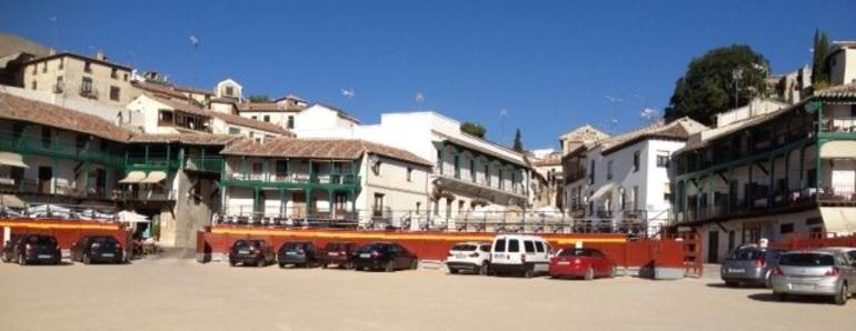 Plaza Mayor in Chinchon - Madrid