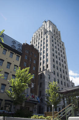 Quebec City's only skyscraper built in the 1920's , Philip B - August 2016