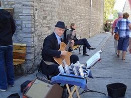 Street musician in Quebec City - September 2009