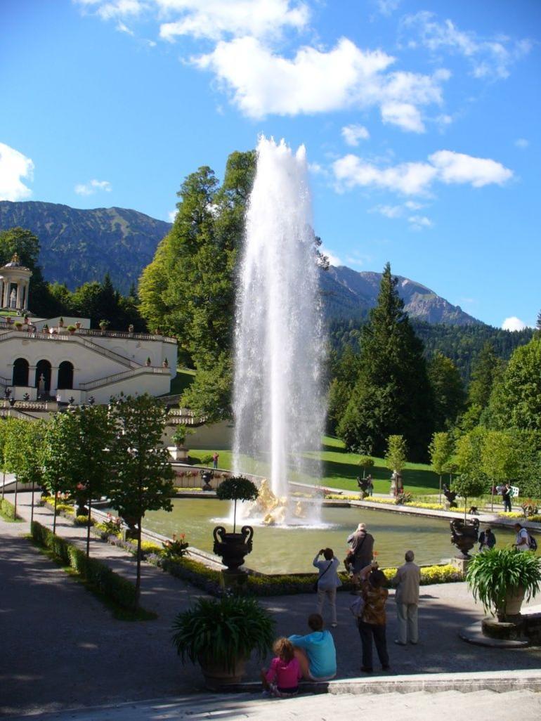 Copy of Linderhof fountain - Munich