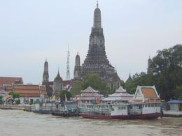 Wat Arun, Temple of Dawn, Roy T - November 2010
