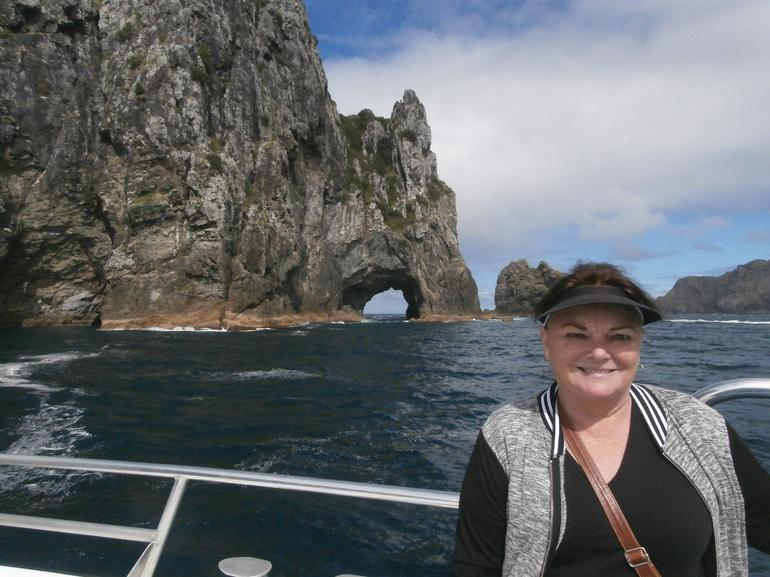 Dolphin Cruise to the Hole in the Rock with Island Stopover - Afternoon Cruise
