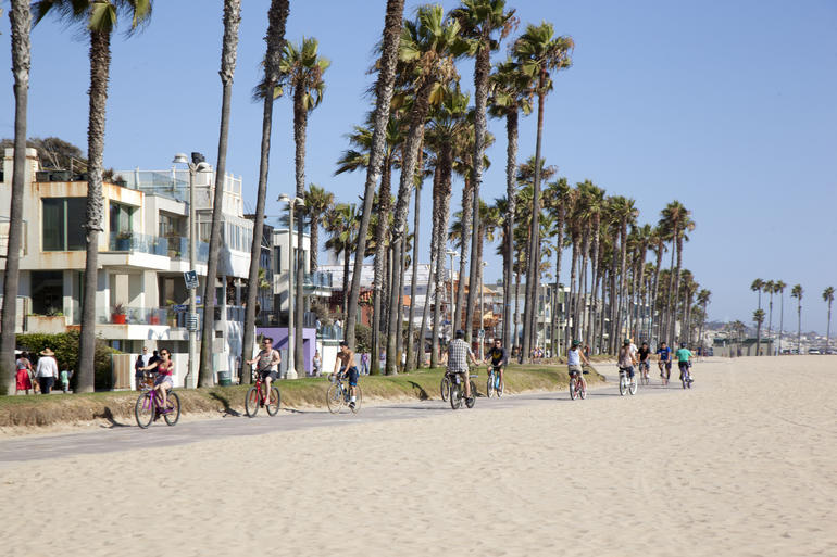 Admiring the scenery as we roll by - Santa Monica