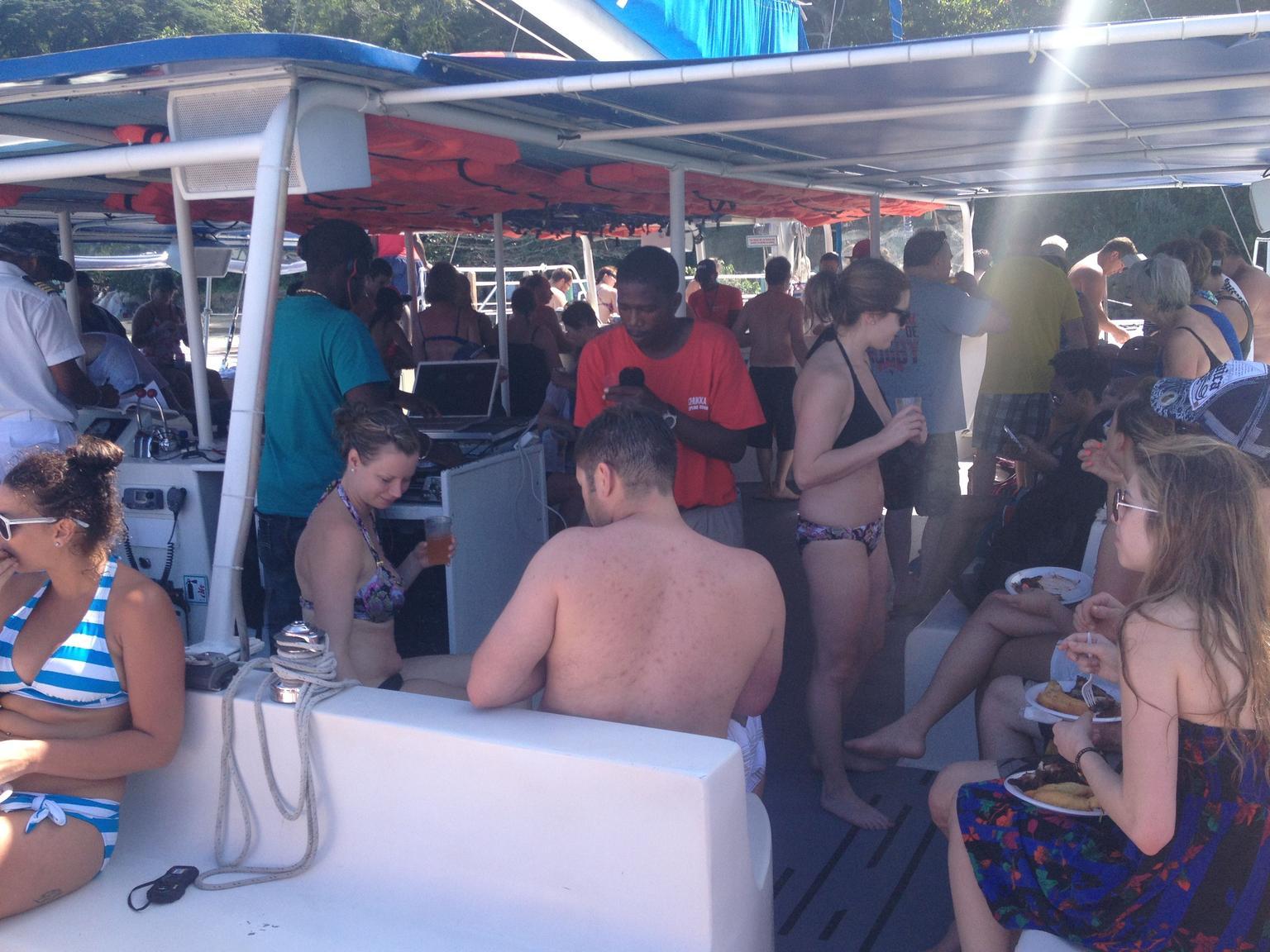 MAIS FOTOS, Cruzeiro de Catamarã em Chukka para as Cataratas do Rio Dunn saindo de Ocho Rios ou Montego Bay
