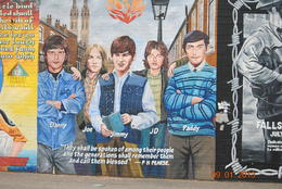 Picture on a mural in Belfast , L Douglas R - September 2013