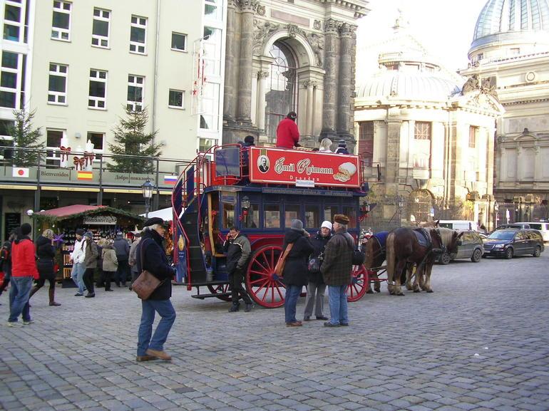 Transport in Dresden - Prague