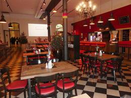 der Maschinenraum , d Nichtraucherraum im Restaurant von der Stiegl Brauei , Walter J - December 2016