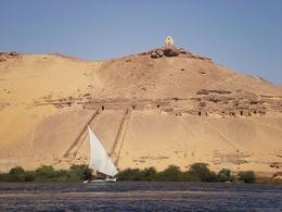 Aswan is definitely the most beautiful place we visited in Egypt, the landscape is stunning - June 2008