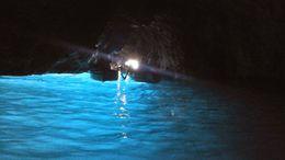 Dentro de la gruta azzurra, espectacular!!!!! , marcelozaffaroni - June 2015