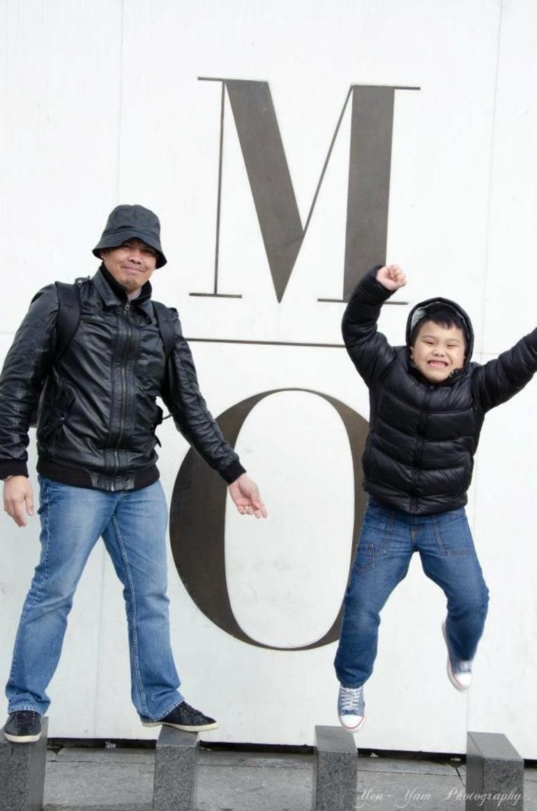 M.O. - Paris