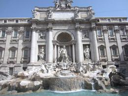Trevi Fountain - Rome , Marlo I - July 2011
