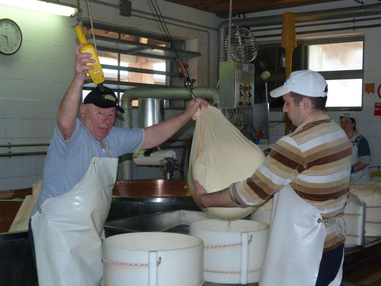 MÁS FOTOS, Half Day Parma Food Tour: Parmesan Cheese, Parma Ham, Lunch