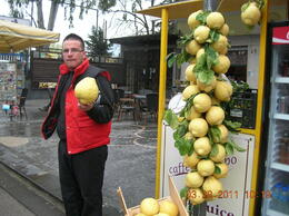 Huge Lemon Stand in the city of Pompeii , Roger D - May 2011