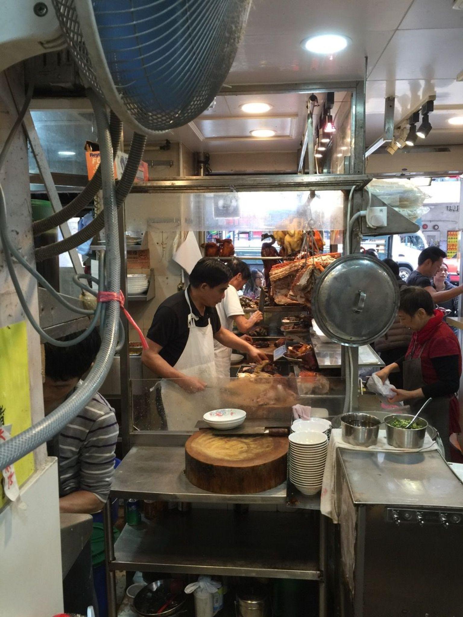 MÁS FOTOS, Small-Group Hong Kong Island Food Tour