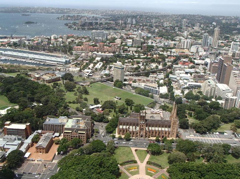 vue-panoramique-de-sydney-de-la-tour