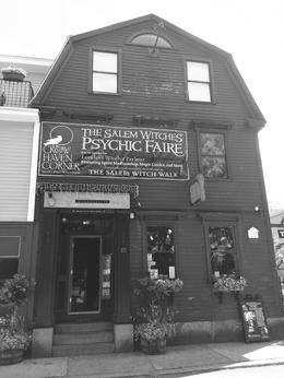 Crows Nest Shoppe, Readings and Mystical Items , Lana - June 2017