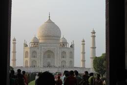 Walking up to the Taj Mahal - September 2012