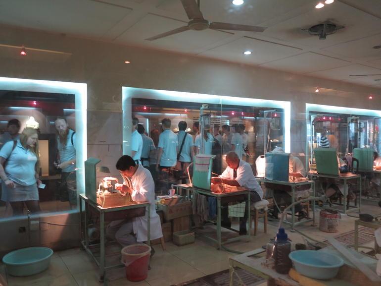 Jade Making at the Jade Factory - Beijing