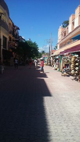 local shops in Cancun, Laura T - November 2015