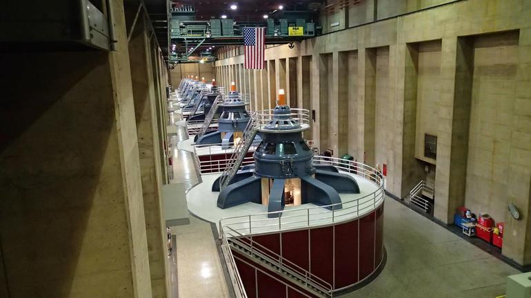 Power generators - Las Vegas