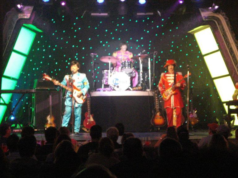 Fab Four Live! - Las Vegas
