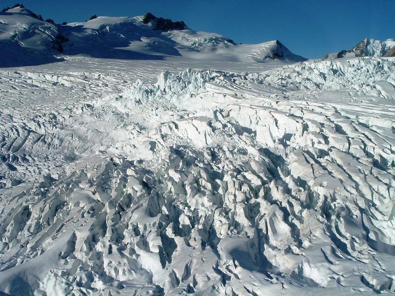 Franz Josef Neve Helicopter Flight - Franz Josef & Fox Glacier