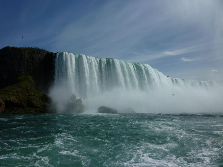 horseshoe falls from maid of the mist sept 11 -