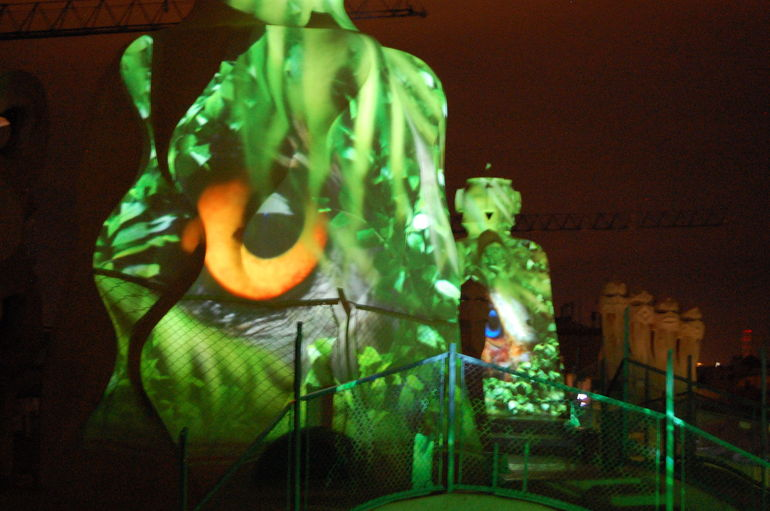 La Pedrera Night Experience: Visit + Audiovisual Display on the Roof Terrace photo 20