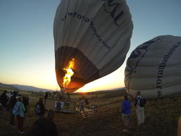 after a full hot breakfast, we are at the launching area, getting the balloon ready, Patricia P - July 2014