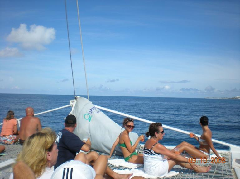 People on the boat - Philipsburg