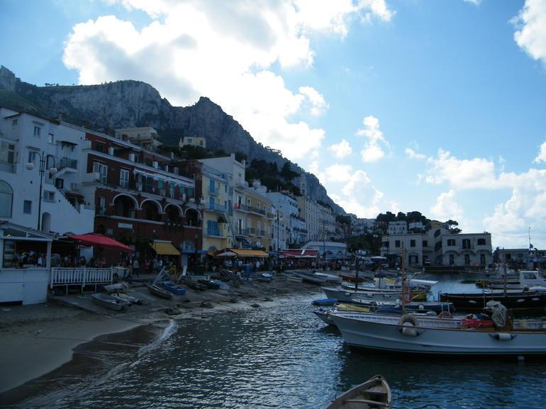 Puerto de Capri - Rome