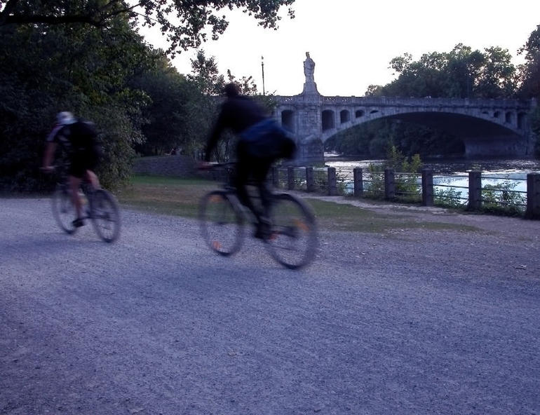 Riding in the evening, Munich - Munich