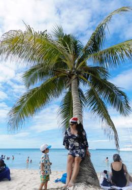 I am on the Saona Island, Caribe , Georgiana M - February 2013