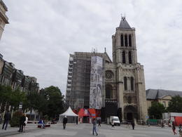 La basilica St Denis donde están las tumbas de los reyes de Francia. , Lilliam M - July 2013