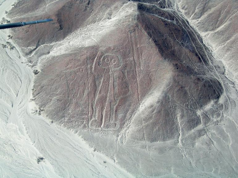 Mysterious Nazca Lines - Lima
