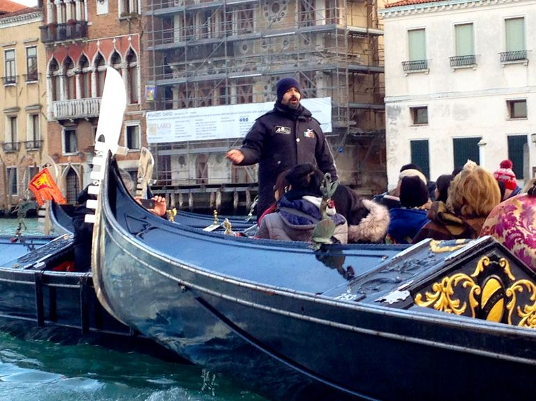 Venice Gondola Ride and Serenade with Dinner photo 25
