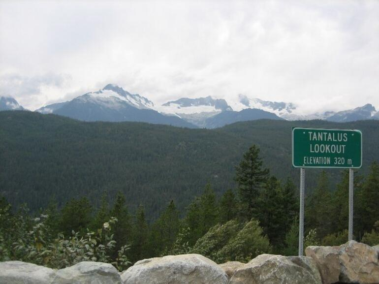 Tantalus Lookout - Drive down from Whistler - Vancouver