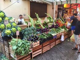 Amazing produce , Robert P - October 2016