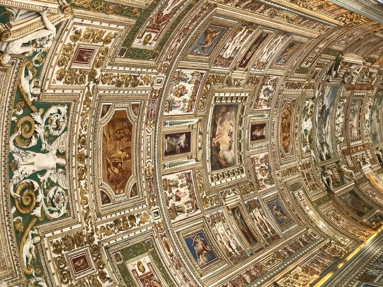 Private Vatican Museums Tour with Sistine Chapel & St. Peter's Basilica photo 17