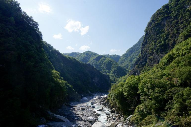 Private Tour: Taroko Gorge Day Trip from Taipei photo 6