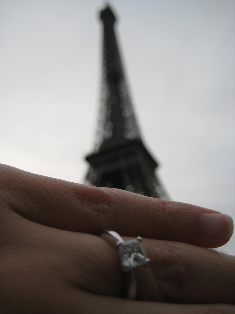 Great for Marriage Proposals! - Paris