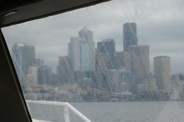 Vor der Hafeneinfahrt vion Seattle , Karl-Heinz P - August 2013