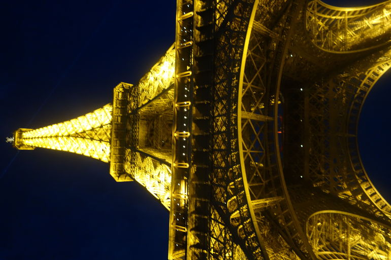 Skip the Line: Small-Group Eiffel Tower Sunset Tour photo 23