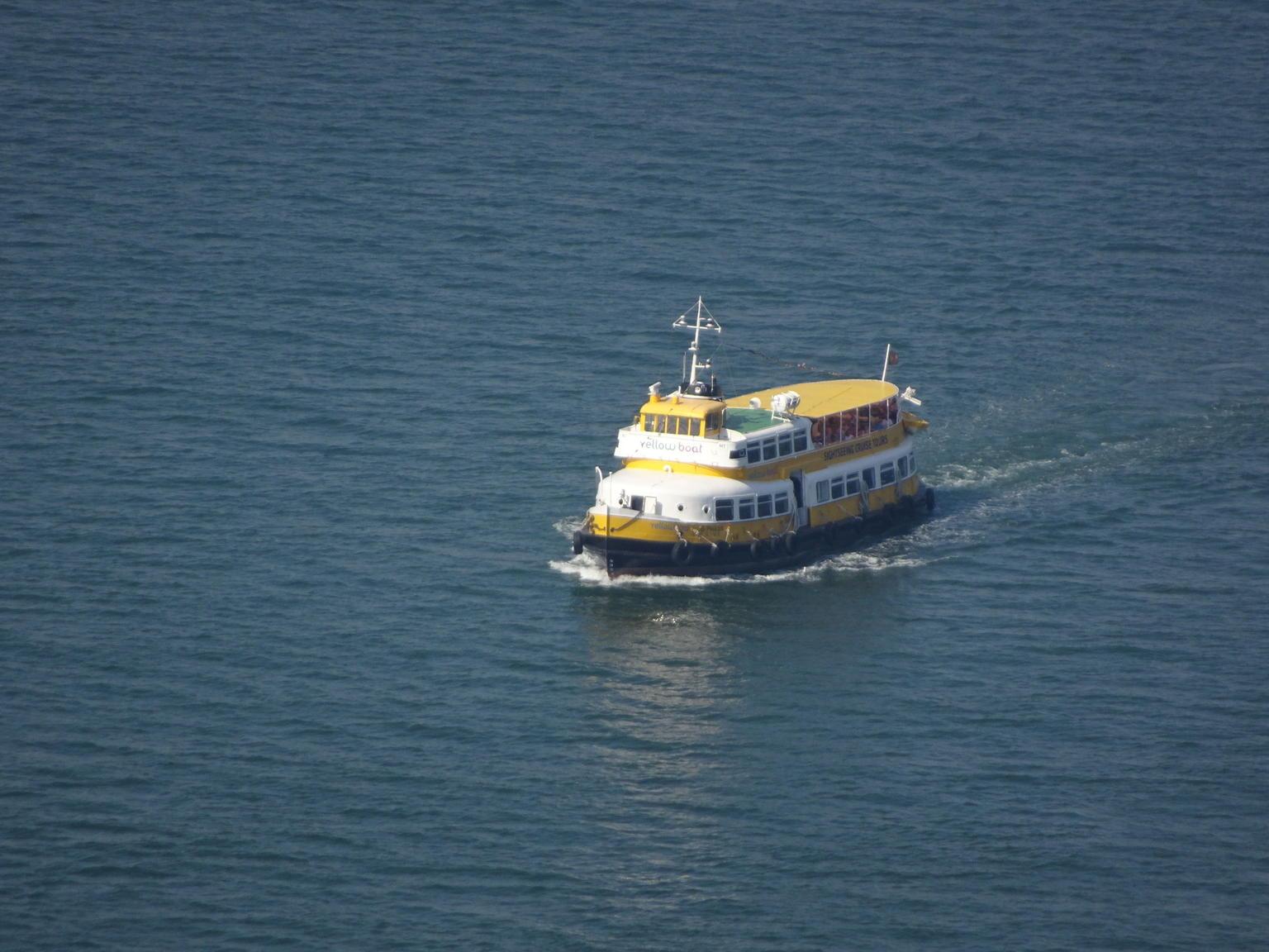 MÁS FOTOS, Recorrido en barco amarillo con paradas libres por Lisboa