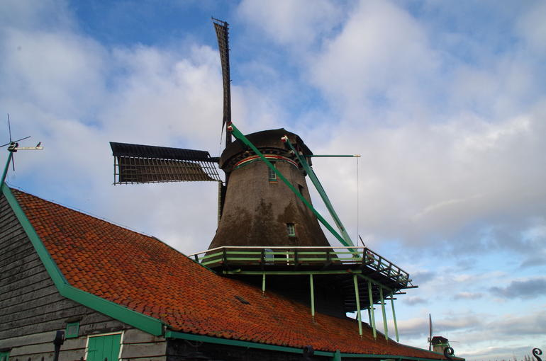 Small Group Zaanse Schans Windmills, Volendam and Old Villages Tour from Amsterdam Including Dutch Schnapps Tasting photo 18