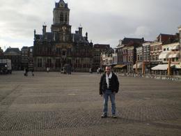 Enrico nella Piazza di Delft, Enrico F - November 2008