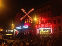 A view from outside the Moulin Rouge show , Cazz - July 2016