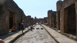 Road in Pompeii, remember in the summer it can be extremely hot and you need lots of water., Brian Q - September 2009